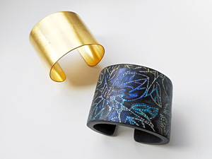 Bangles&Cuffs-Crackle-300x225